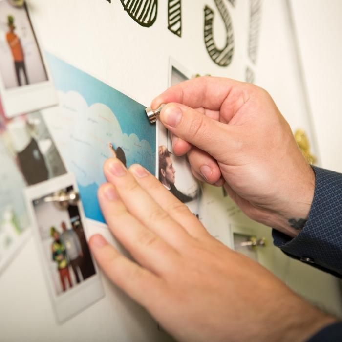 Smart Magnetspachtel für Wand mit Fotos