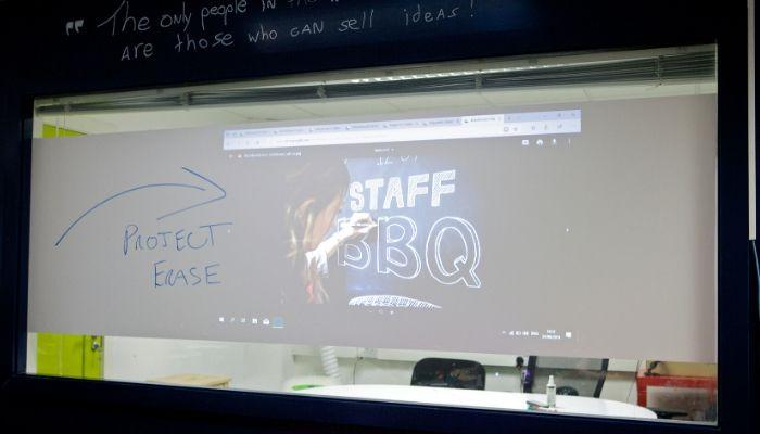 projection-dry-erase-surface-films-writable-films-glass